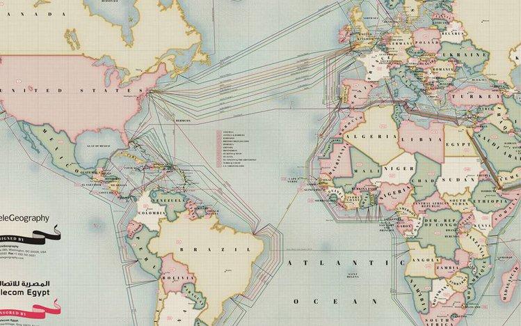 połączenie atlantyckie randki online amerykańskiej obsady męskiej